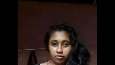 South Indian mallu girl Anjusha self made clip leaked by her bf